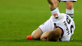Gladbach's Hahn sidelined until 2016