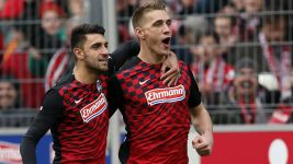 Petersen nets treble as Freiburg thrash Paderborn