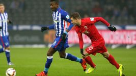 Spoils shared between Hertha and Augsburg
