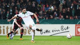 Pizarro spot on to help Bremen into last four