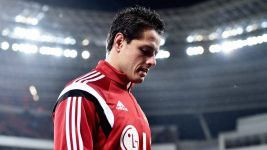 Chicharito suffers injury blow