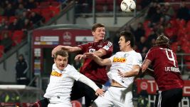 Nürnberg close the gap on second with Bochum draw