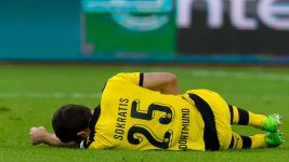 Dortmund defender Sokratis sidelined for three weeks