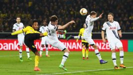 London calling for on-song Dortmund in Europa League