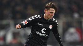 Hornschuh extends contract at high-flying St. Pauli