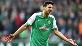 Bremen's Pizarro to miss Dortmund clash