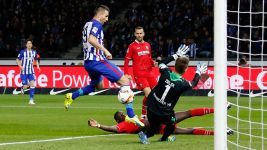 Hertha Berlin held by resurgent Hannover