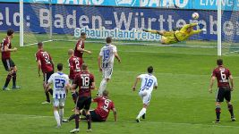 Karlsruhe put brakes on Nürnberg's promotion charge