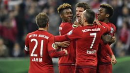 Cool-hand Müller fires Bayern into DFB Cup final