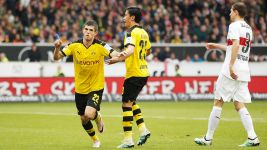 Record boy Pulisic modest after Dortmund's win over Stuttgart