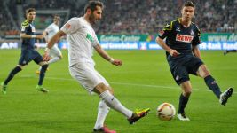 Augsburg frustrated by ten-man Köln in Friday night draw