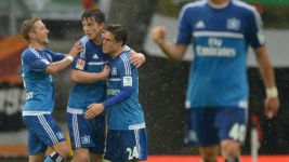 Set-piece expertise helps Hamburg beat Augsburg