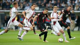 Nürnberg hold Frankfurt in play-off first leg