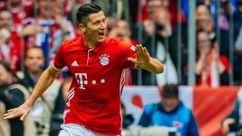 Lewandowski's historic 30 goals