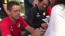 Chicharito delights Leverkusen fans