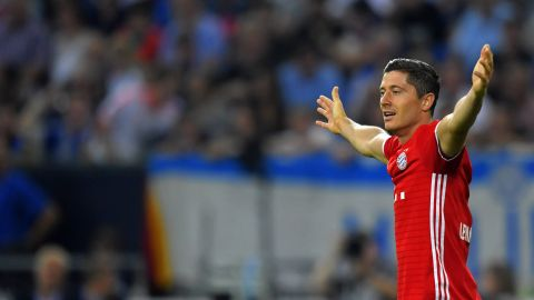 Lewandowski scents more success with Bayern