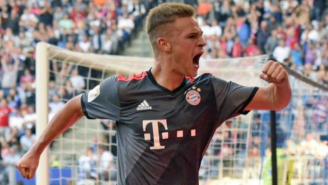 Kimmich earns Bayern late win at Hamburg