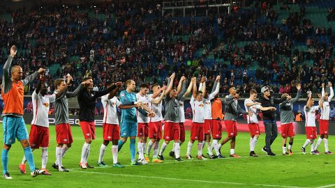 Leipzig beat Augsburg to set record