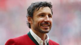 Van Bommel: 'Vidal and I are similar players'