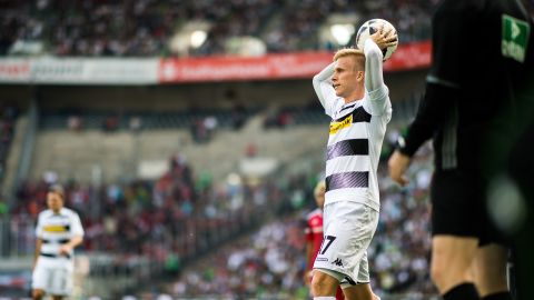 Watch: Wendt relief at narrow Gladbach win