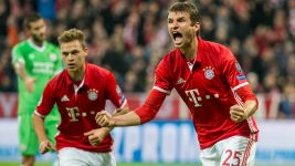 Bayern warm up for Gladbach with PSV win