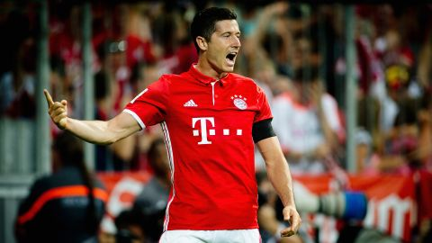 Lewandowski voted October Player of the Month