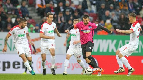 High-flying Hertha held by Augsburg
