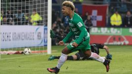 Watch: Rookie of the Month nominee Serge Gnabry