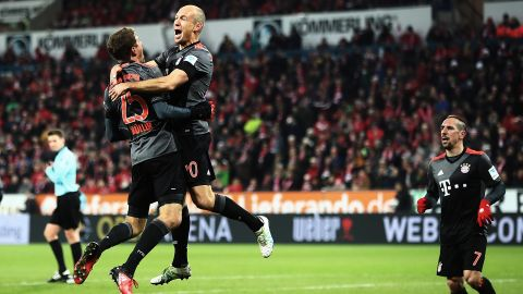 Bayern fight back to beat Mainz