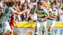 Star-crossed Gladbach seek Barcelona lift