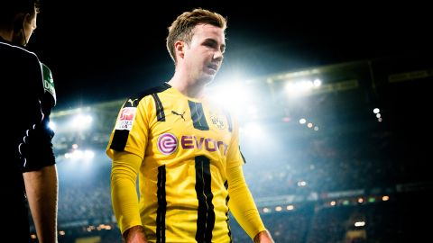 Dortmund's Götze sidelined with illness