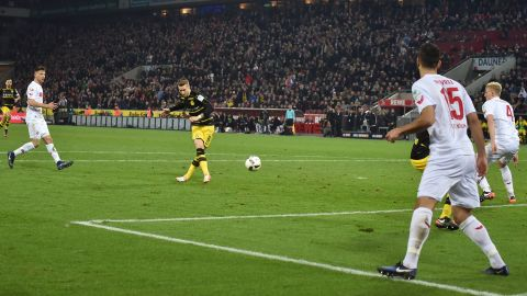 Reus rescues point for Dortmund in Köln