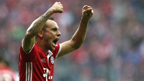 Bayern's Rafinha signs contract extension