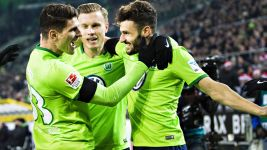 Wolfsburg finish on a high note in Gladbach