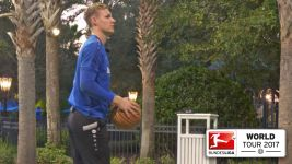 Watch: Leno practises shooting hoops