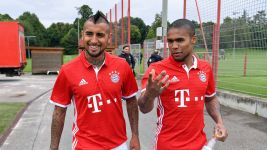 Watch: Costa on Vidal's importance to Bayern