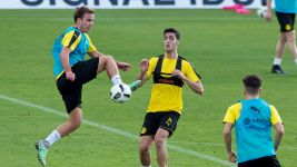 Götze fit again as Dortmund soak up sun