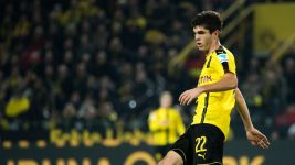 Pulisic extends Dortmund deal