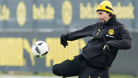 Subotic joins Köln