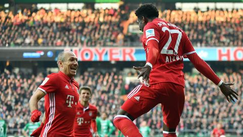 Leaders Bayern edge plucky Bremen