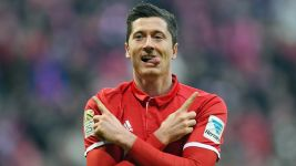 Lewandowski anota otro gol récord