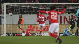 Watch: Mainz 2-0 Augsburg - highlights