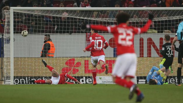 Matchday 20 watch mainz 2 0 augsburg highlights - German league fixtures results table ...