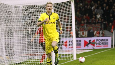 Watch: Top 10 Dortmund-Leverkusen goals!