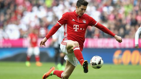 Lewandowski: 'Not thinking about goal race'