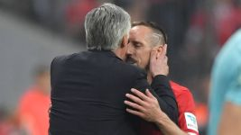 WATCH: Ribery and Ancelotti share a Klassiker kiss