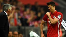 Lewandowski out of Real clash