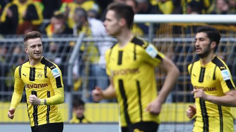Dortmund clip Eagles' wings
