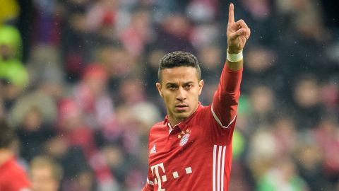 Thiago extends Bayern deal
