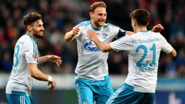 Clinical Schalke thrash Leverkusen